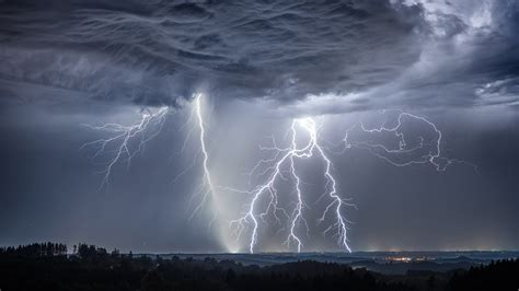 lightning storm  ultrahd wallpaper wallpaper studio