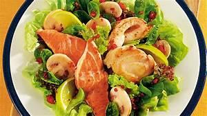 Salat Mit Geräuchertem Lachs : feiner salat mit seezunge lachs und seeteufel ~ Orissabook.com Haus und Dekorationen
