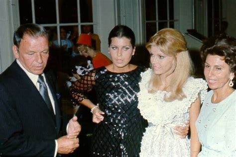Frank Sinatra With Ex-wife Nancy Sinatra Sr. And Daughters