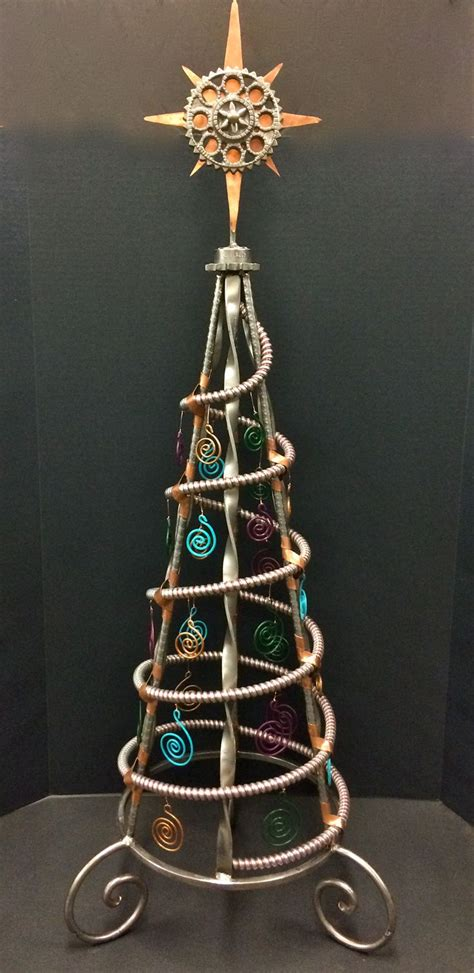 christmas tree   recycles candleholders trivet