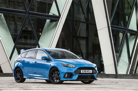 ford focus rs passed  blue ovals pothole test