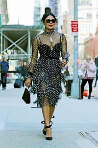 Dressing New York : priyanka chopra in polka dot dress in new york 03 19 2019 ~ Dallasstarsshop.com Idées de Décoration