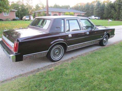 car engine repair manual 1988 lincoln town car engine control sell used 1988 lincoln town car signature sedan 4 door 5 0l in mogadore ohio united states