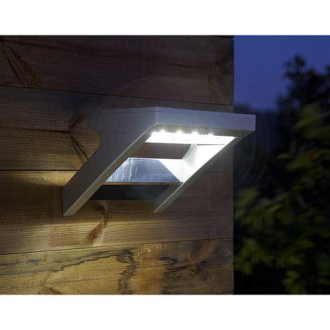lumiere exterieur leroy merlin applique solaire malibu 300 lm aluminium inspire leroy merlin