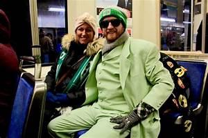 Massive love fest at Eagles Super Bowl parade : Community ...