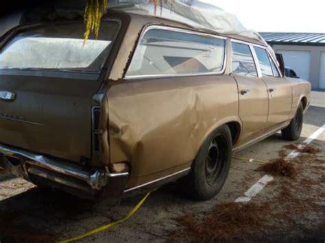 sell   pontac tempest station wagon runs drives