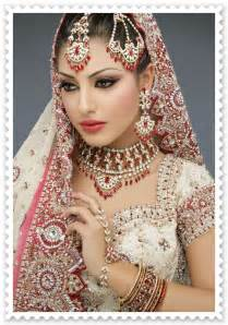 traditional indian wedding traditional and modern wedding saree from indian wedding dress