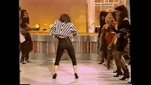 Rosie Perez Dancing Gif By Gif - Find & Share on GIPHY