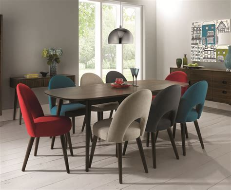 Oslo Walnut Extending Dining Table And Chairs