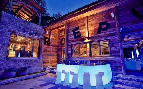 luxury ski chalet chalet quezac tignes les br 233 vi 232 res firefly collection