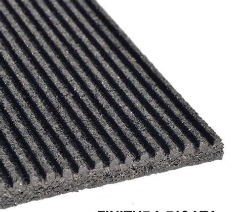 tappeto gommato tappeto gommato per cavalli 1 2 x 2 mt sp 15 mm rigato non