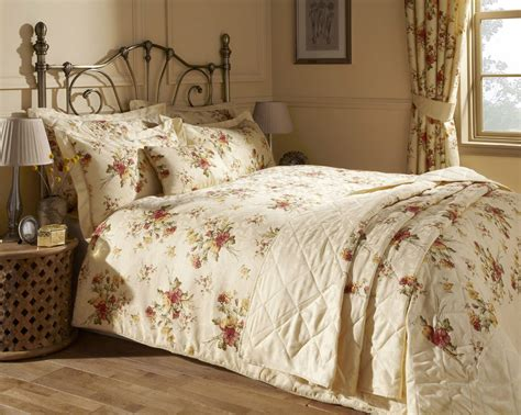 Bedspreads And Drapes - epsom quilt cover set with matching bedspread and curtains