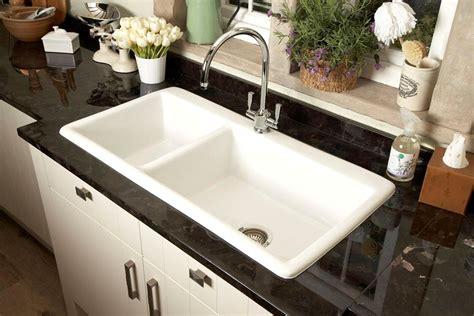 porcelain kitchen sinks 21 ceramic sink design ideas for kitchen and bathroom 3651