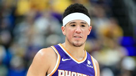 Booker's 70 points is the most ever. Devin Booker scores 59 points, third-most in Suns history