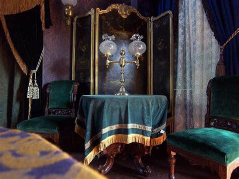 pyschic room reading room   reading room decor