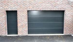 porte grise lisse avec porte de service smf services With porte de garage avec porte de service