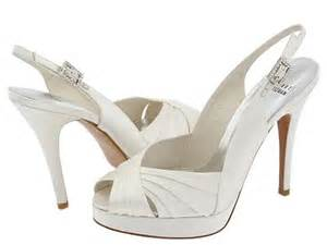 stuart weitzman wedding shoes stuart weitzman bridal shoes collection the fashionbrides