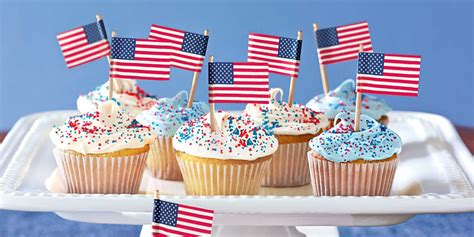 fourth of july cupcake ideas 17 easy 4th of july cupcake cakes recipes for fourth of july cake ideas