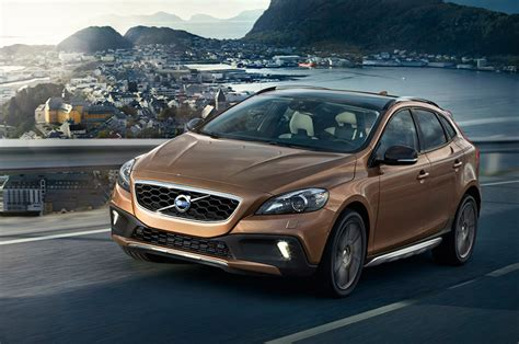 Volvo V40 Cross Country Hd Picture by 2013 Volvo V40 Cross Country Hd Pictures Carsinvasion