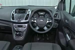 Grand Tourneo Connect : ford grand tourneo connect review 2017 autocar ~ Maxctalentgroup.com Avis de Voitures