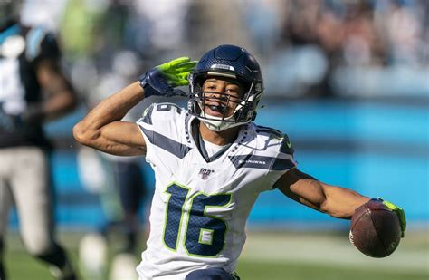 seahawks panthers gamecenter  updates highlights