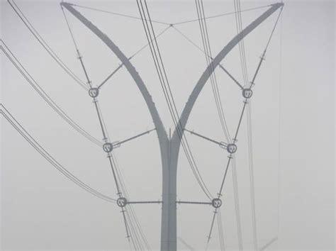 tralicci alta tensione vicino abitazioni cavi interrati o tralicci polemiche alla velocit 224 della