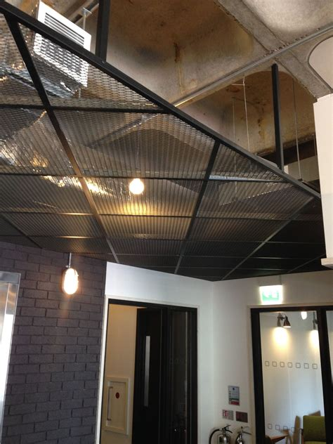 suspended mesh ceiling love    nice textures