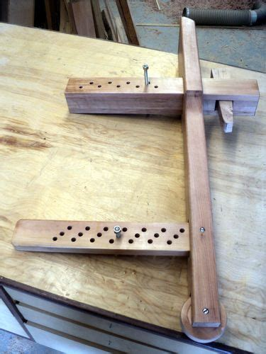 degree wedge powered workbench  installing  leg