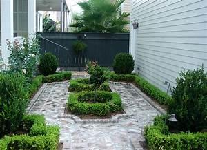 Courtyards, U0026, Parterres