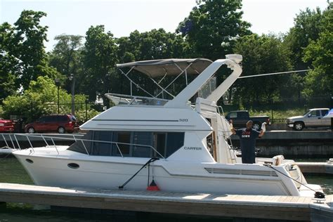 Carver Voyager Boats by Carver Boats 320 Voyager 1996 For Sale For 10 000 Boats