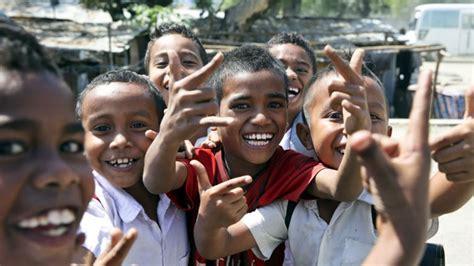 Bissau Resiste Televisão Educação Timor Apresentada Em Díli