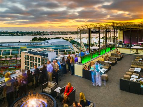 Marriott Gasl Rooftop Bar rooftop bars lounges and restaurants in san diego