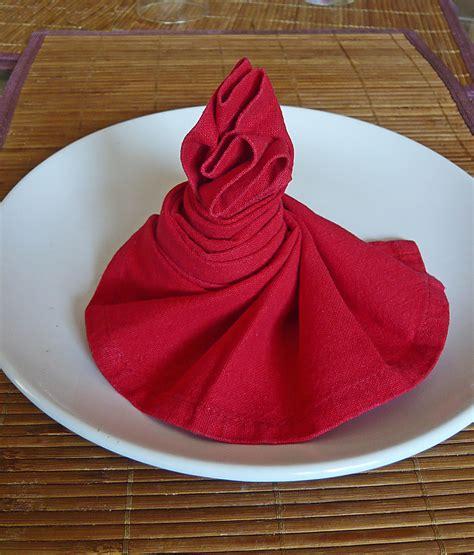 pliage serviette tissu mariage d 233 coration pliage serviette tissu decoration facile