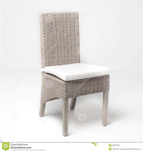 chaise en osier chaise en osier blanche photos libres de droits image 30367038