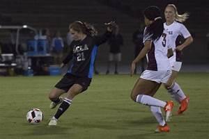 Women's soccer controls Arizona State game despite second ...