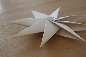 Comment Faire Une étoile En Papier : diy d corations de no l en papier le meilleur du diy ~ Nature-et-papiers.com Idées de Décoration