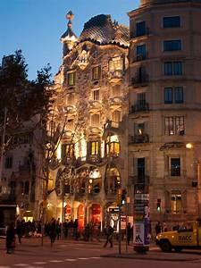 Panoramio - Photo of Casa Batlló facade
