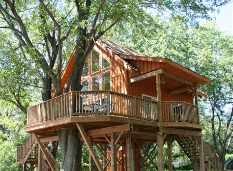 Robins Roost Treehouse St Lawrence Parks Commission