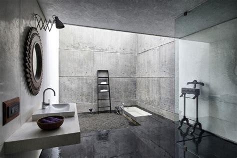 Bold Bathroom Designs With Concrete Walls-rilane