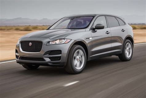 2017 Motor Trend Suv Of The Year by Jaguar F Pace 2017 Motor Trend Suv Of The Year Finalist