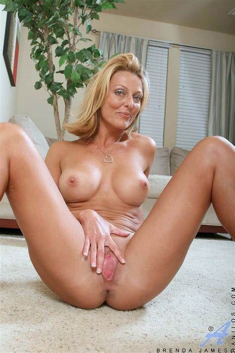 Naughty Blonde Milf Massages Her Perky Tits And Spreads