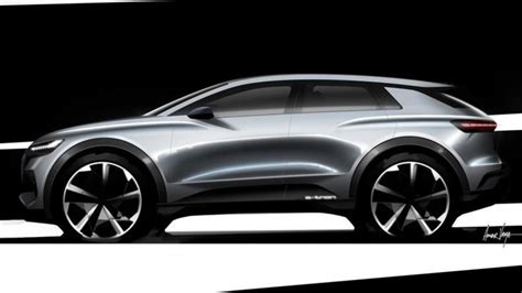 Key Electric And Hybrid Cars Previewed