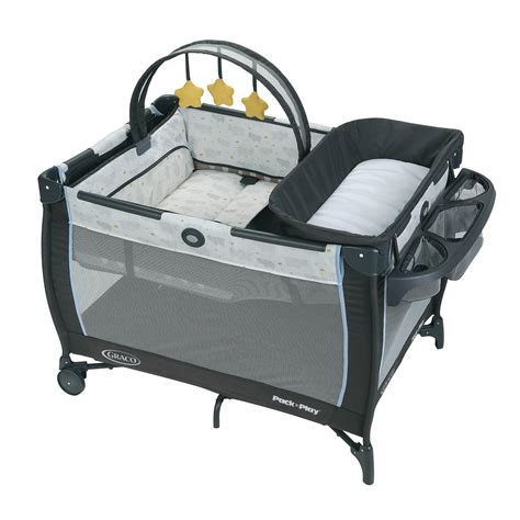 Graco Bedroom Bassinet by Graco Pack N Play Anywhere Dreamer Playard With Bassinet