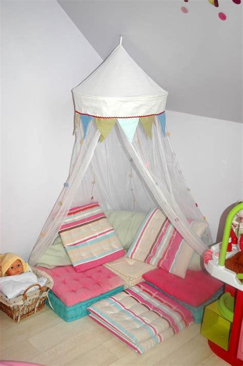 idee deco chambre bebe fille aménager un coin lecture pour enfant conseils et