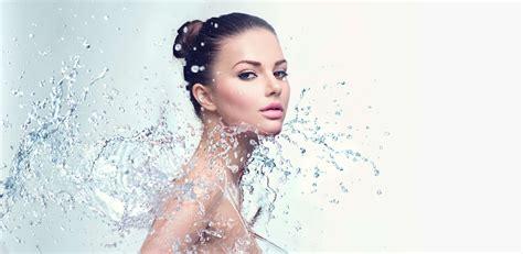 beautiful model spa woman  splashes  water