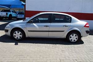2004 Renault Megane Ii 1 6 Authentique Cars For Sale In Gauteng