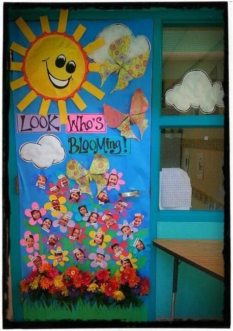 29 awesome classroom doors for back to school