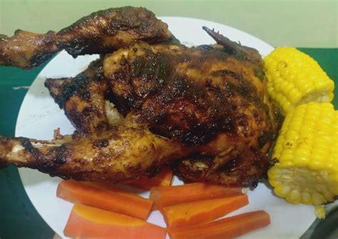 Lihat juga resep ayam panggang utuh (oven & teflon) enak lainnya. Ayam panggang oven