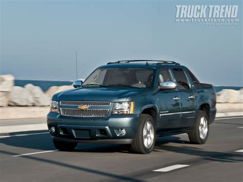 2012 chevrolet avalanche information and 2012 chevrolet avalanche information and photos momentcar