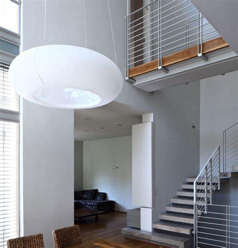 desain interior tangga unik rumah modern minimalis model